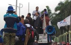 Protes UMK 2015, Buruh Titip Aspirasi pada KMP