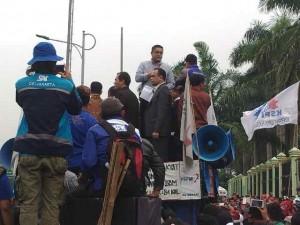 buruh didukung KMP