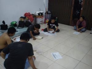 kelompok baca bumi manusia