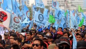 demo buruh tolak kenaikan harga bbm
