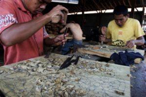 Ratusan Buruh Pabrik Kayu di Jepara Dirumahkan Karena Ekspor Menurun