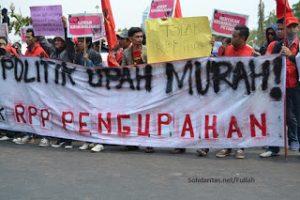 Mengenang Piagam Perjuangan Marsinah, Mengingat Janji Manis Jokowi untuk Buruh