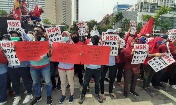 Buruh PT HRS Indonesia Geruduk NSK, Tuntut Kode Etik