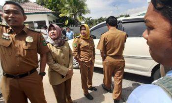 Pengawas Datang, PT HRS Indonesia Tutup Gerbang
