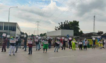 Di Tengah Wabah Korona, Buruh Tetap Aksi Dengan Jaga Jarak
